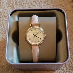 Fossil Kinsey three-hand blush leather watch
